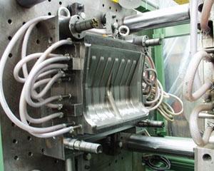 Оборудование для производства лопат на фото