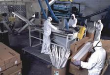 Процесс утилизации люминесцентных ламп