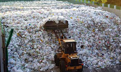 переработка полимерных отходов в промышленности фото